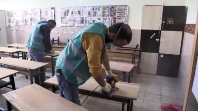 Denetimli serbestlik yükümlüleri yarıyıl tatilinde okulları boyuyor - NİĞDE