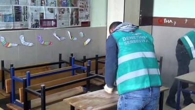 Niğde'de yükümlüler okullarda tadilat yapıyor