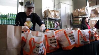Federal işçilere yemek dağıtıldı - WASHINGTON