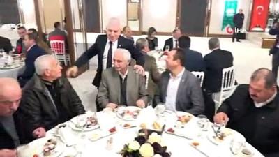 AK Parti Bursa Büyükşehir Belediye Başkan Adayı Bozbey muhtarlarla bir araya geldi