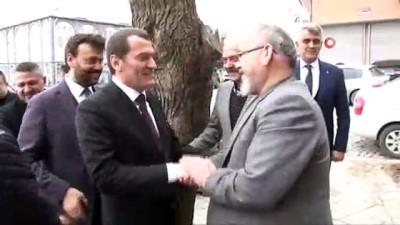 AK Parti Zeytinburnu Adayı Ömer Arısoy kırtasiyecilerle buluştu