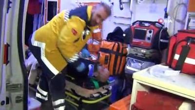 Takla atan otomobil su kanalına düştü: 3 yaralı