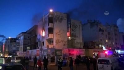 Kuşadası'nda kullanılmayan otelde yangın - AYDIN
