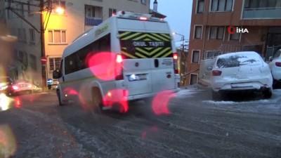 Bursa'da yollar buz pistine döndü, sürücüler 4 saat yolda mahsur kaldı