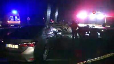 Otomobil askeri tıra çarptı: 1 ölü 1 yaralı