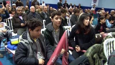 Bahçeşehir Koleji Basketbol Takımı, İzmir'de öğrenciler ve altyapı oyuncularıyla buluştu