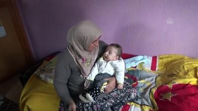 Bebekleri için yurt dışından gelecek ilaçları bekliyorlar - AFYONKARAHİSAR