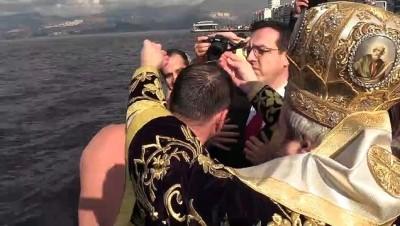 hac cikarma - İzmir'de 'haç çıkarma' töreni