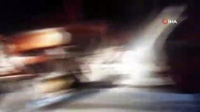 Tunceli'de kar yağışı etkili oldu, mahsur kalan araçlar kurtarıldı