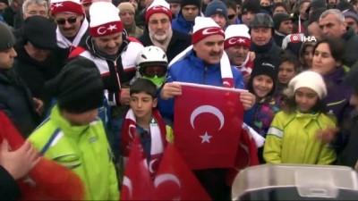 Yoğun tipiye rağmen Sarıkamış Şehitlerini anmak için Erciyes'e akın ettiler