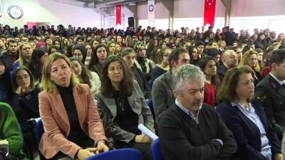 Fethi Sekin Demokrasi ve Kahramanlık Ödülleri - İZMİR