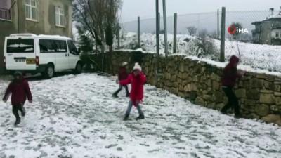 Çocuklar karın keyfini çıkarttı