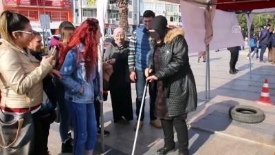 grup genc - 'Empati parkuru' ile görme engellileri anlamaya çalıştılar - AYDIN
