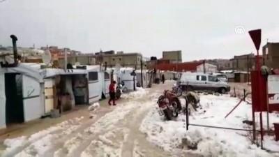 Lübnan'da yaşayan Suriyeli mültecilerin kış çilesi - ARSAL