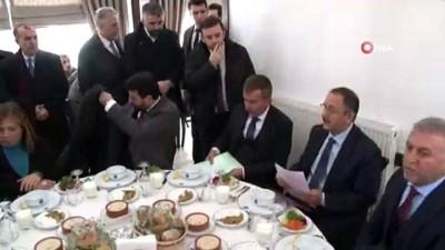 istifa -  Mehmet Özhaseki muhtarlarla bir araya geldi