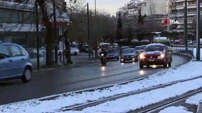 - Avrupa'da Soğuk Hava 13 Ölüme Neden Oldu
