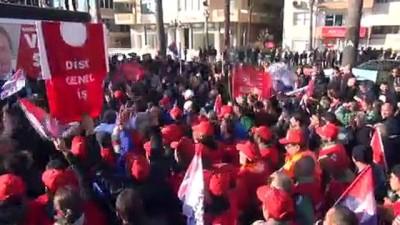 CHP Mersin Büyükşehir Belediye Başkan adayı Seçer'e coşkulu karşılama