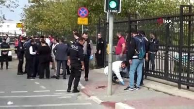 silahli catisma -  Anadolu Adliyesi'ndeki çatışma anında vatandaşlar dehşeti yaşadı