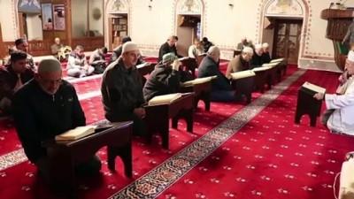 Osmanlı'nın Trakya'daki ilk mirası Hızırbey Camisi'nde Fetih Suresi okundu - KIRKLARELİ