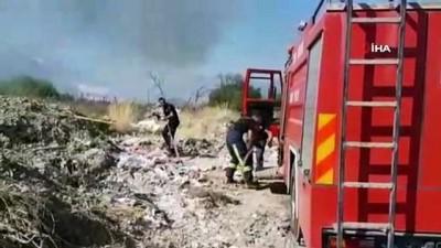 Antalya'da hafriyat ve sera atıkları yandı