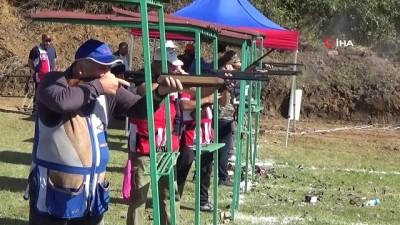 karya -  Avcı ve atıcılardan Barış Pınarı Harekatındaki askerlere tam destek