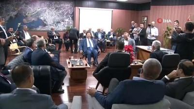 Kıbrıslı belediye başkanlarından Barış Pınarı Harekatı'na destek İzle
