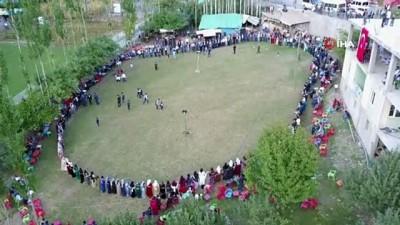 Şırnak'ta 400 bin TL'lik düğün... Aşiret düğününde geline 1 kilo altın, damada 150 bin lira para takıldı