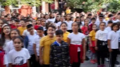 karya -  Milaslı öğrencilerden Barış Pınarı Harekatı'na videolu destek