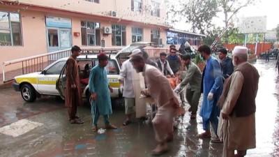 cami imami - Afganistan'da cuma namazı sırasında camiye saldırı - KABİL