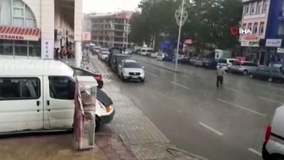 Afyonkarahisar'da şiddetli yağış