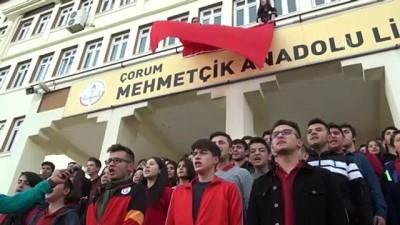 Bin 200 öğrenciden Mehmetçiğe 'komando andı' ile selam - ÇORUM