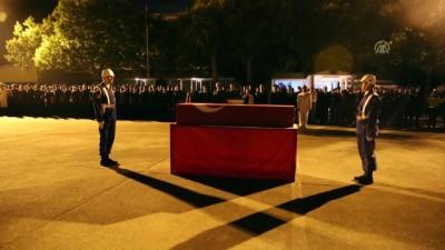 GÜNCELLEME 3 - Dalış eğitiminde şehit olan askerin naaşı İzmir'e uğurlandı - ANTALYA