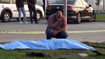 Arabanın çarpmasıyla metrelerce savrulan adam öldü...Feci kaza saniye saniye kamerada