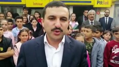 Öğrencilerden Mehmetçiğe şiirli ve mektuplu destek