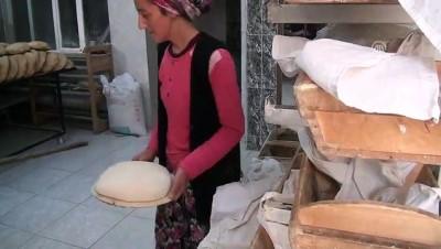 calisan kadin - Fırıncı kadınlar mahalleyi üne kavuşturdu - MANİSA