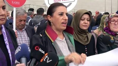 Emine Bulut cinayeti duruşması sonrası iki grup kadın arasında tartışma