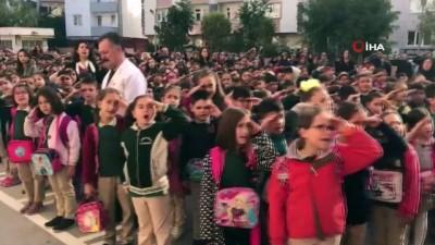 Niğdeli öğrencilerden Barış Pınarı Harekatı'na destek