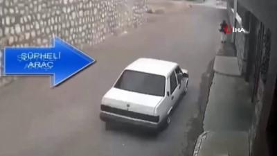 Plakasız araçla böyle kapkaç yaptılar