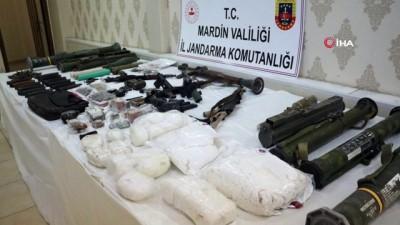 plastik patlayici -  Teröristlerin hain planını jandarma bozdu