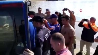 TSK'nın özel ekibi 'ROV' cihazı ile muhtarın cesedine ulaştı