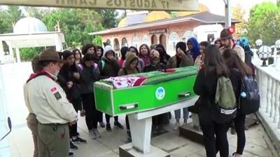 Kazada ölen lise öğrencisi son yolcuğuna uğurlandı