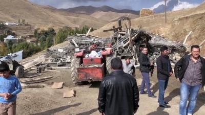 Yüksekova'da inşaat çöktü: 7 yaralı - HAKKARİ