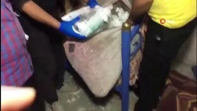 Adana'da uyuşturucu hap operasyonu kamerada