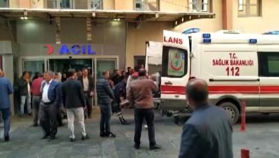 Servis minibüsü devrildi: 1 ölü, 10 yaralı - BATMAN