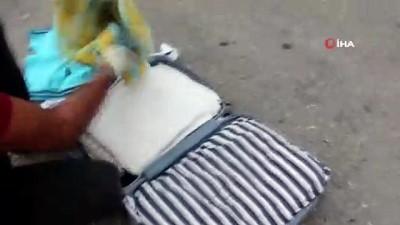 Mersin'de valizlerin içerisinde 3,5 kilogram eroin ele geçirildi