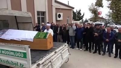 170 kilo ağırlığındaki kadın obeziteden öldü, cemaat tabutu güçlükle taşıdı