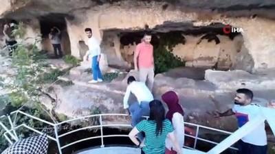 gizemli -  Bin 800 yıllık tarihi mağaralara gizemli yolculuk