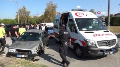 emniyet seridi -  Polisin 'dur' ihtarına uymayıp 18 kilometre kaçan zanlılar, kaza yapınca yakalandı