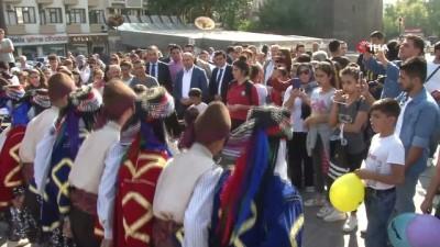 Sur Halk Eğitim Merkezi yeni eğitim öğretim yılıne festival havasında başladı