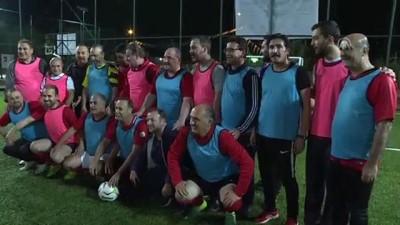 futbol maci - Bakanlar ve AK Parti milletvekilleri, yaptıkları futbol maçıyla siyasete ara verdi - ANKARA